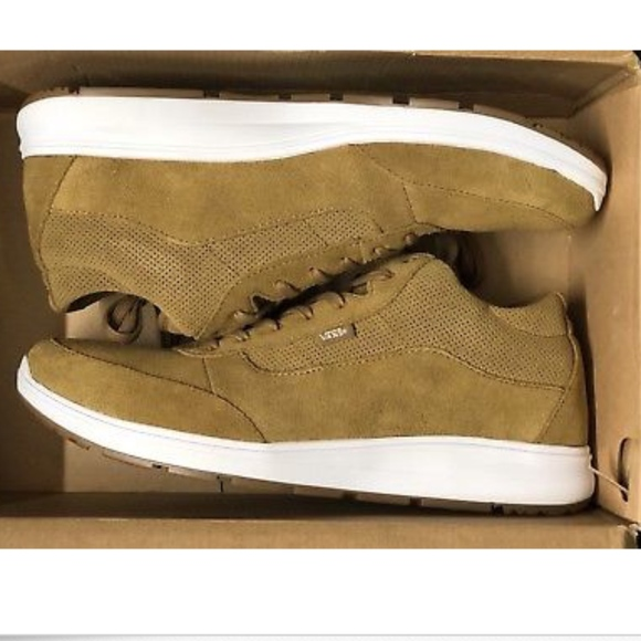35783438fc Vans Style 201 Perf Medal Bronze True White Shoes